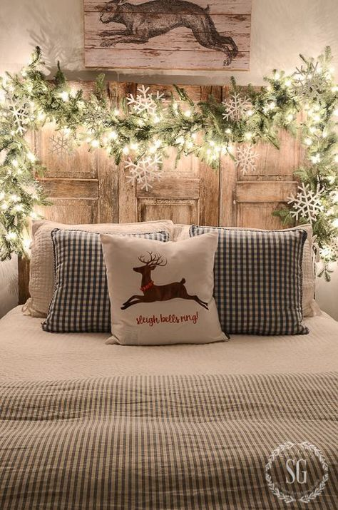 Scandi Bedroom Decor - Christmas Decor Ideas & 73 Beautiful Examples Of Scandinavian-Style Christmas Decorations ...
