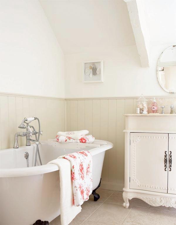 Arredare bagni in stile country   Boiserie bagno, Bagno e Bagni