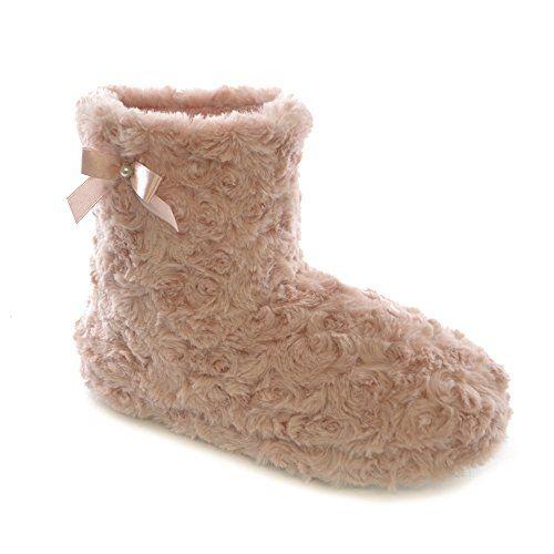 Womens/Ladies Curly Faux Fur Slipper Boots (7-8 US) (Pink... https://www.amazon.com/dp/B00PL1TJ0U/ref=cm_sw_r_pi_dp_x_jlAdybEGN3118