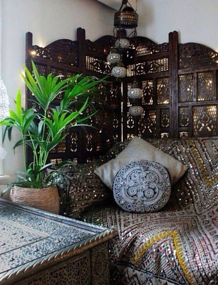 this looks like it 39 s right out of the villa zorayda my fevered boho moroccan dream. Black Bedroom Furniture Sets. Home Design Ideas