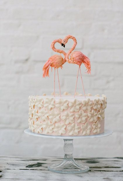 3584cf7e749 Flaming Flamingo Cake Topper from @BHLDN | via: h and h weddings ...