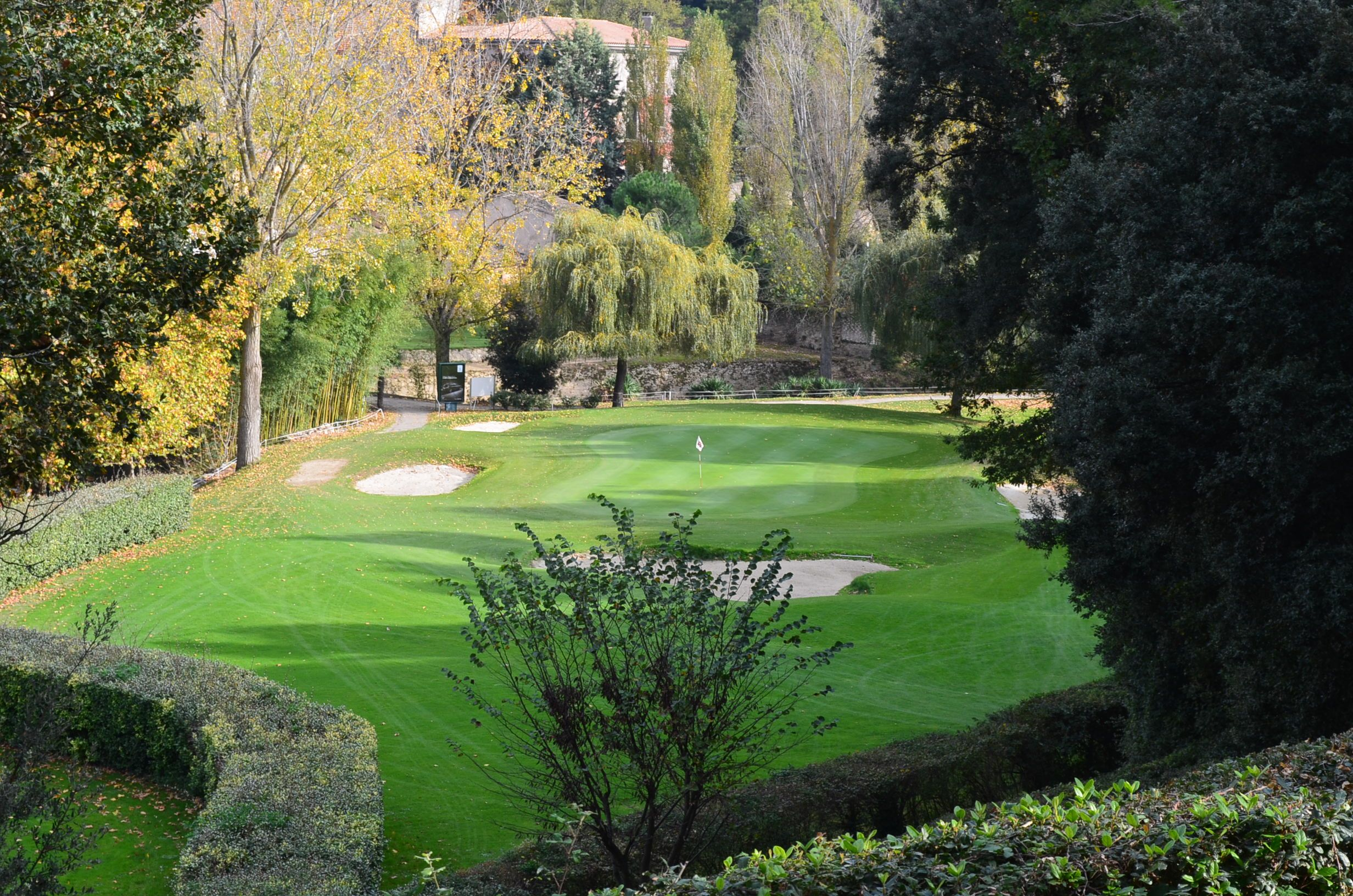 the short 18th hole at golf de carcassonne golf courses in languedoc south of france. Black Bedroom Furniture Sets. Home Design Ideas