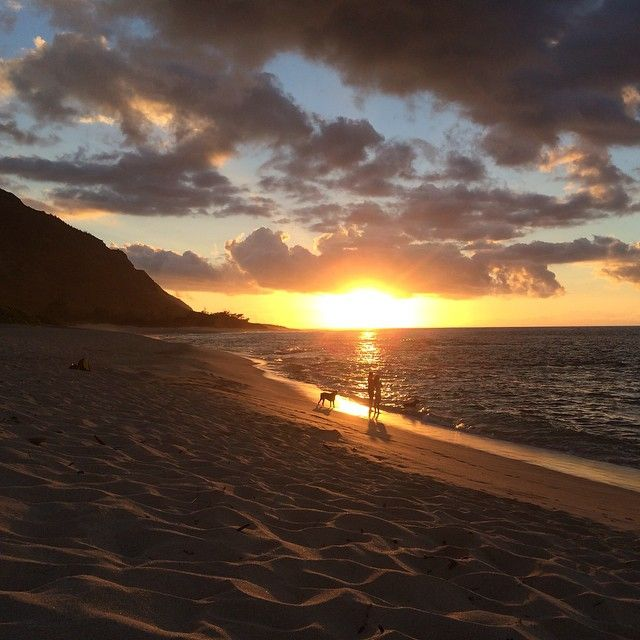 """@thetravelingbachelor's 2nd favorite isolated #beach on #Oahu. Like #JodieFoster said in """"Contact"""": #NoWords..."""