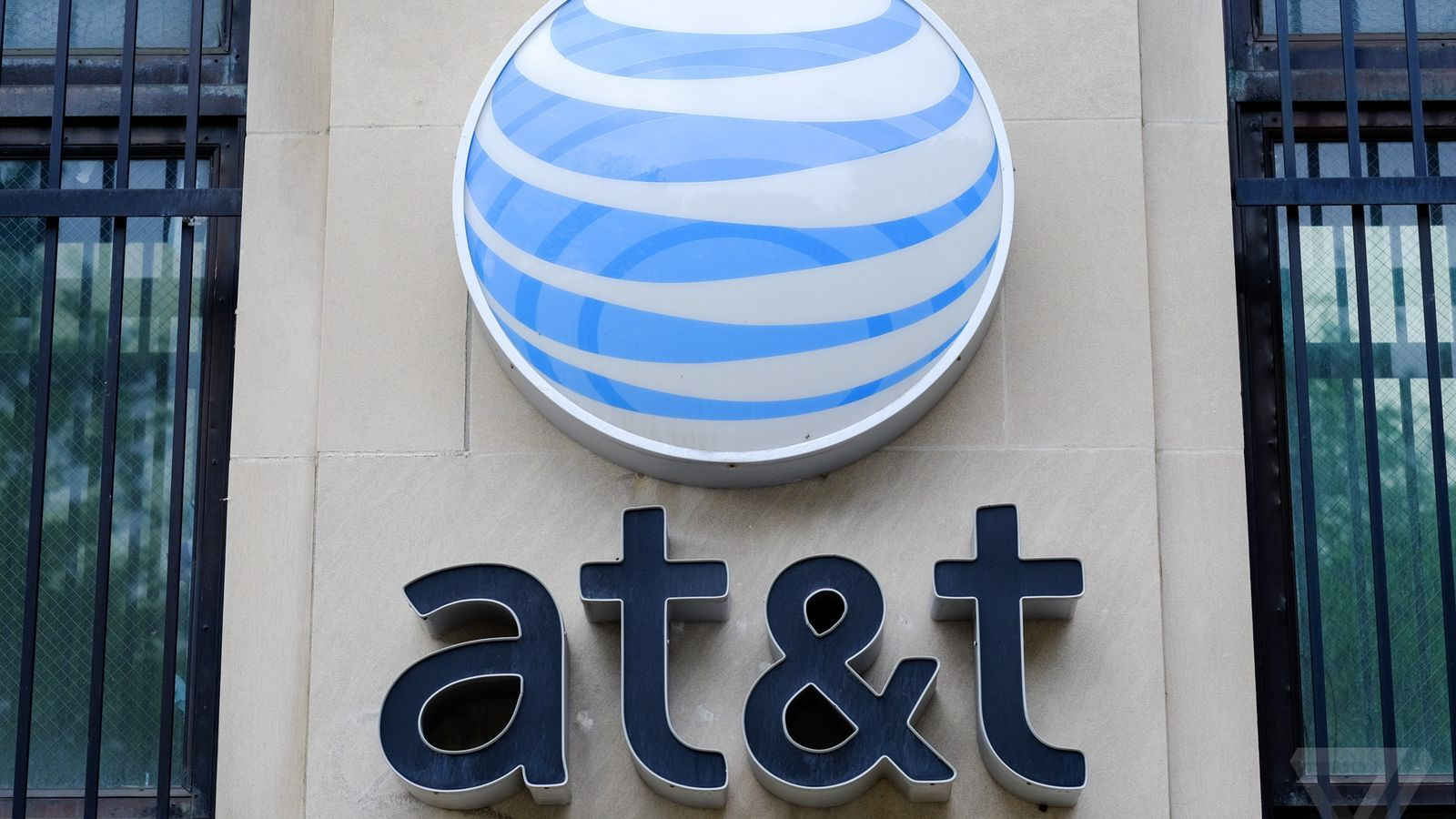 Comcast, AT&T, and Verizon say you shouldn't worry about