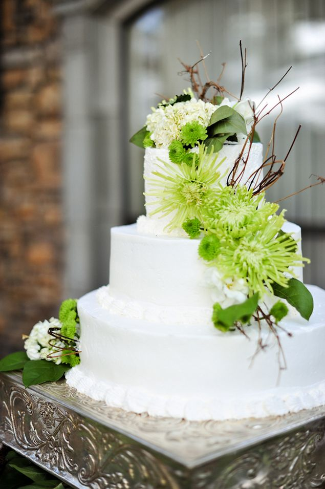lime green and orange wedding cakes lime green amp white wedding cake photo source y 16898