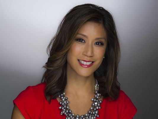 Mimi Jung anchors KING 5 News in Seattle   Pacific Northwest