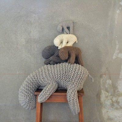Los animales de lana por April and May