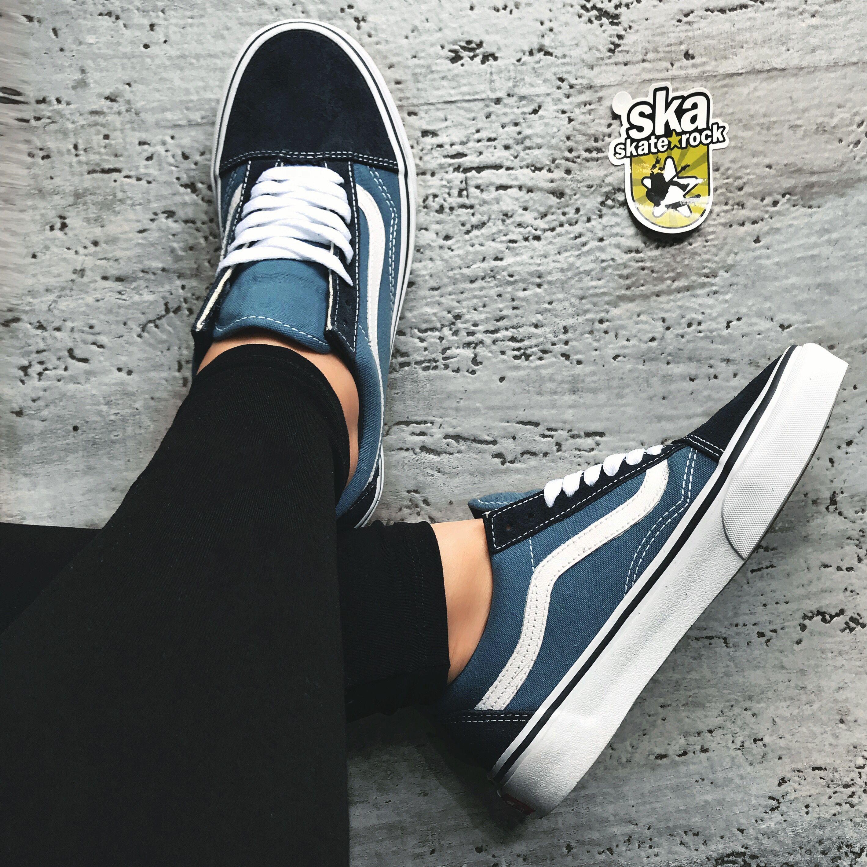 Chegou Vans Old Skool Navy Do 34 Ate O 38 R 299 99 Frete Gratis Para Todo O Brasil Para Localizar No Site Busque Por Nvy Em 2020 Sapatos Sapatos Fashion Roupas