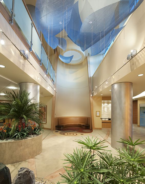 Atrium lobby interior design at the argyros medical center for Atrium design and decoration