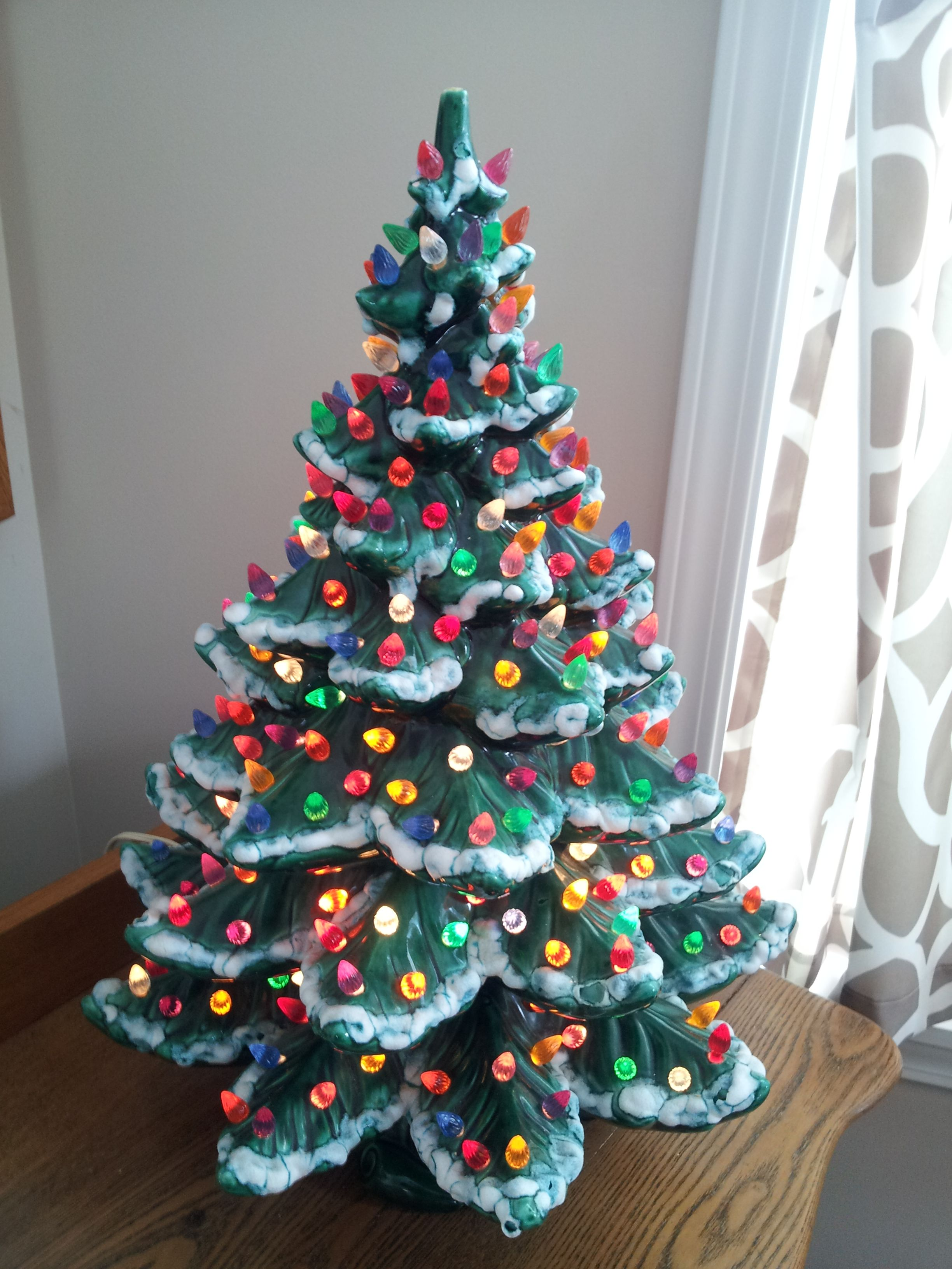 ceramic christmas tree with lighjts