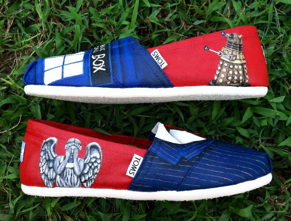 e15b48ff7e396 Doctor Who Inspired Painted Toms Shoes - Tenth Doctor Tardis Weeping ...
