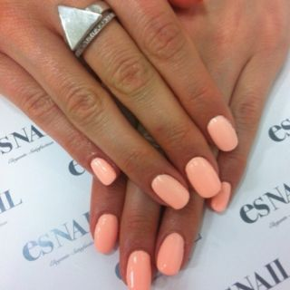 Pastel Light Orange Oval Nail Shapes Peach Nails How To Do Nails Coral Nails