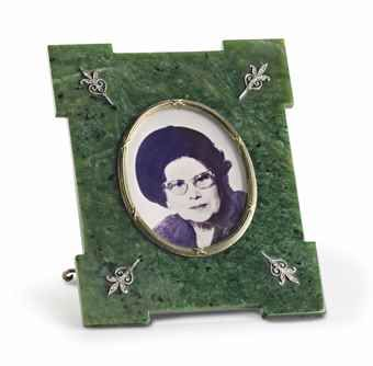 A jeweled silver-gilt mounted nephrite photograph frame