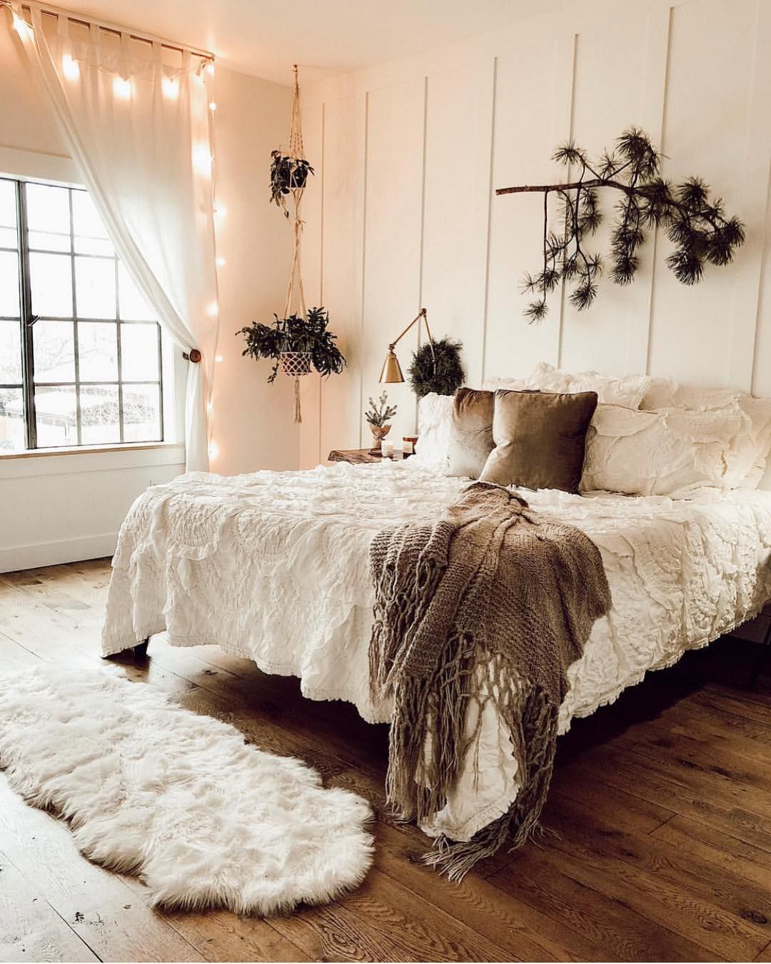 Bohemian bedroom decor has become one of the most coveted ...
