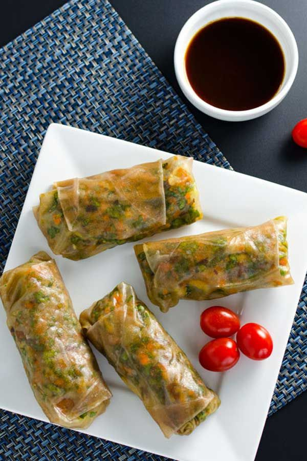 TERIYAKI VEGGIE SPRING ROLLS - These teriyaki veggie spring rolls are light and tasty and surprisin