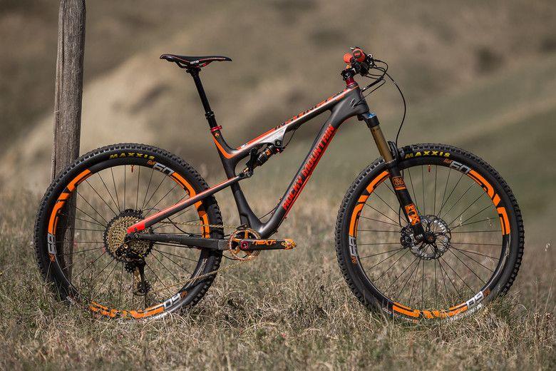 Bike Vs Bike Rocky Mountain Instinct Or Pivot Switchblade