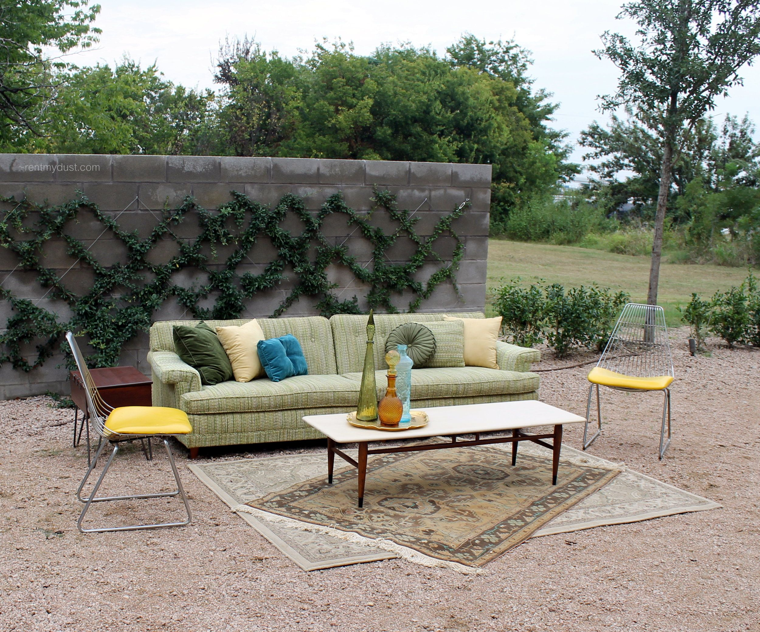 Retro Mid Century Modern Lounge Area From Rent My Dust Dallas Fort