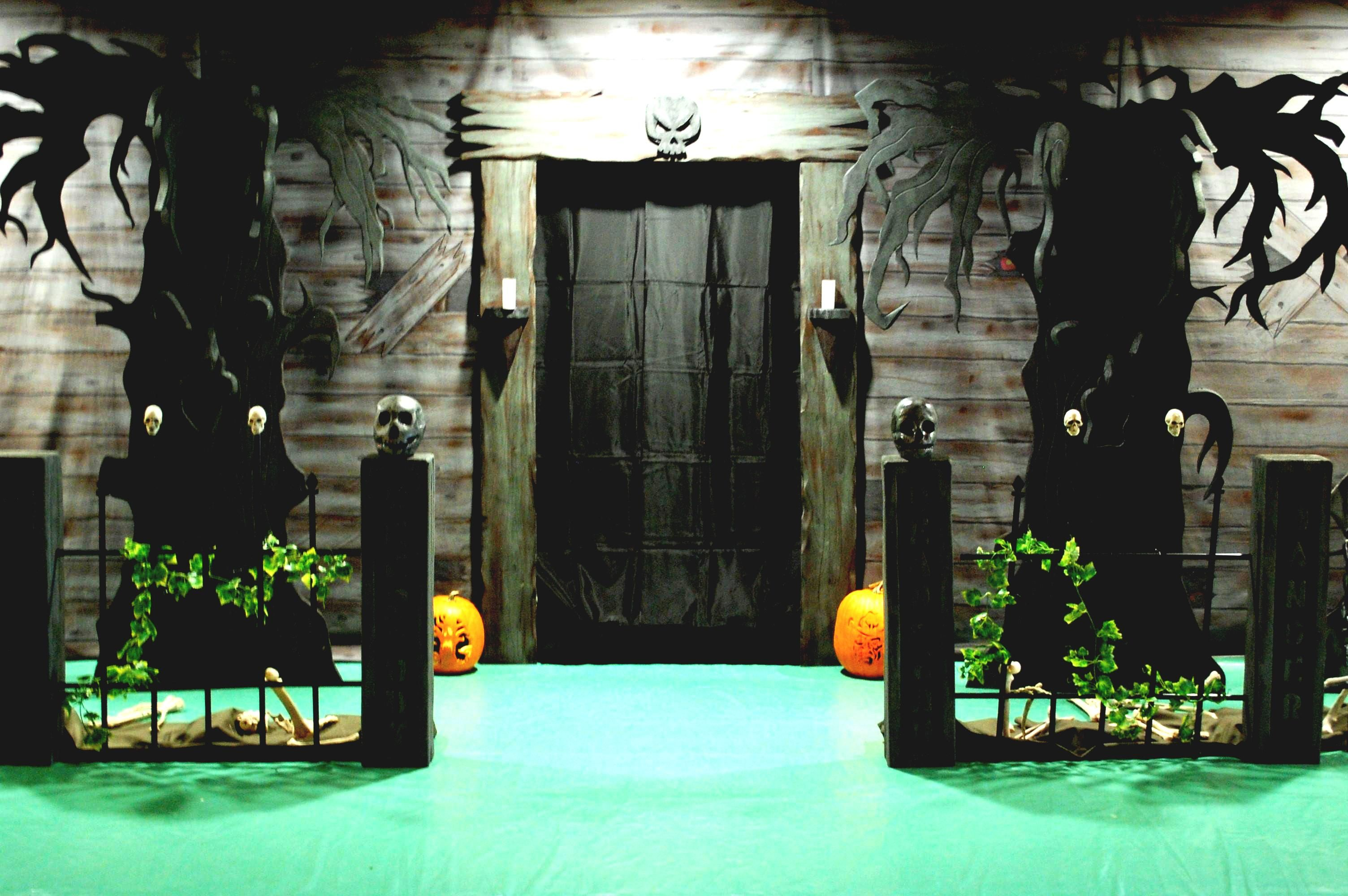 DIY Halloween Decorations POPSUGAR Home FurniCool Halloween - Halloween House Decorating Ideas Outside