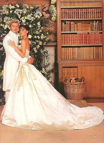David and Victoria Beckham in a strapless Vera Wang wedding dress