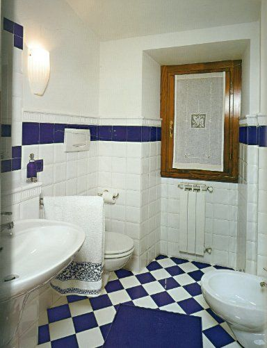 Attirant Edwardian Tiles   Etruria 150x150 White U0026 Blue Gloss Checkerboard On Bathroom  Floor