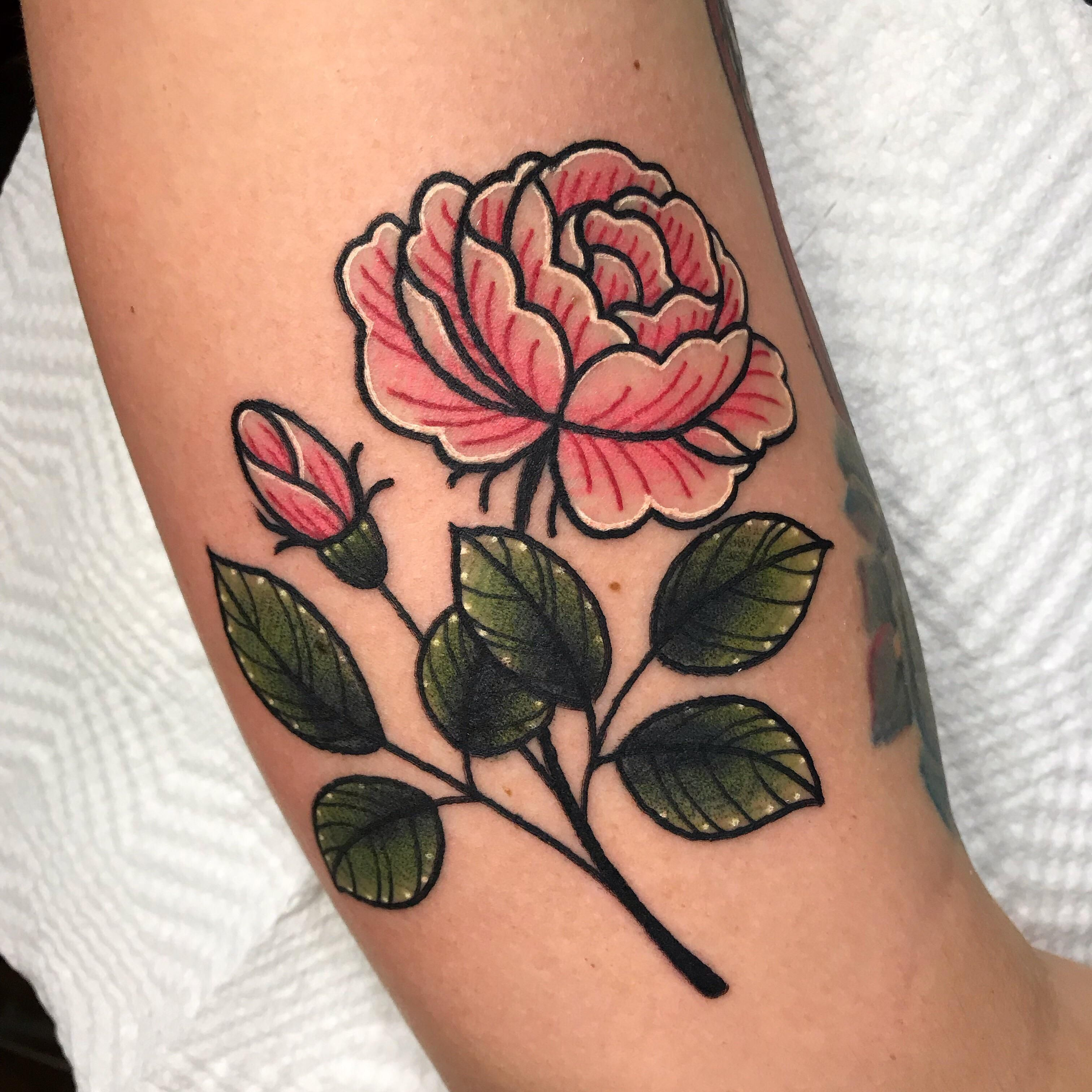 English Rose By Kevin Ray Kevin Ray Tattoos In Gibsonville Nc In 2020 English Rose Tattoos Ray Tattoo Tudor Rose Tattoos