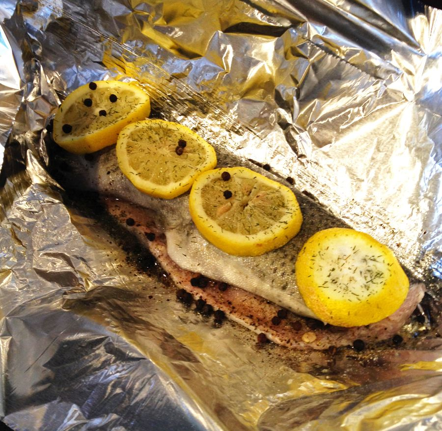 recipe: grilled whole trout foil packets [4]