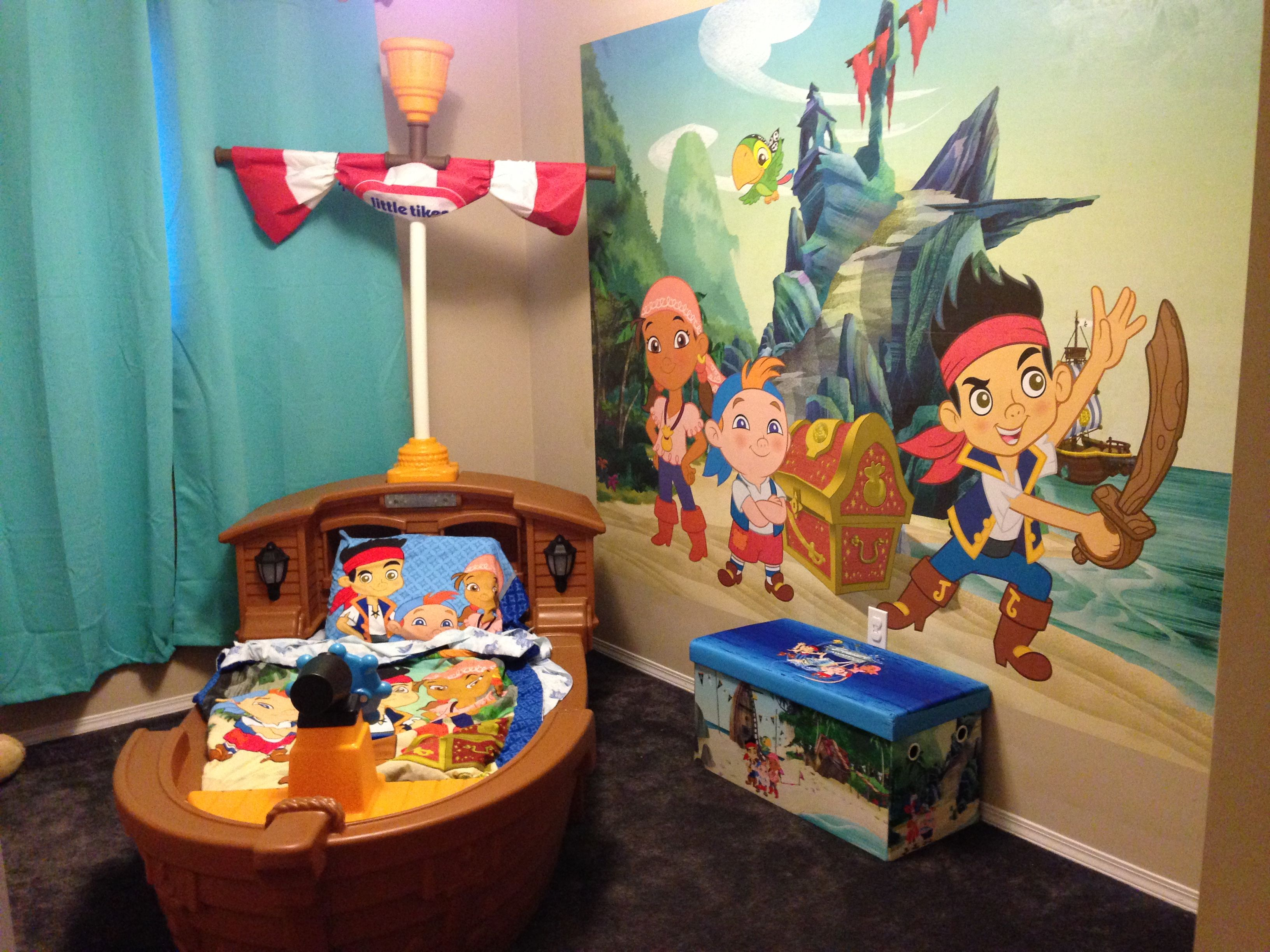 Wyatt's Jake And The Neverland Pirates Bedroom