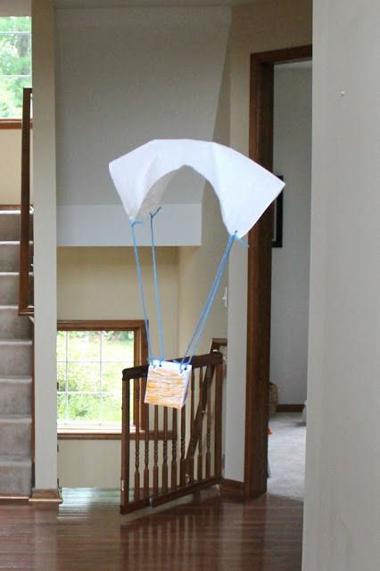 how to make a plastic parachute