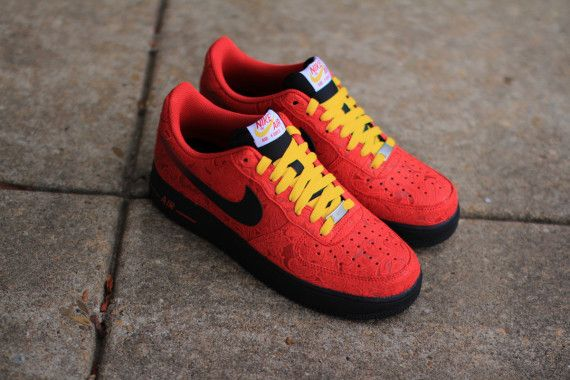 """Nike Air Force 1 Low """"University Red"""