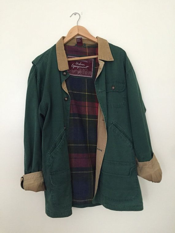 beautiful forest green jacket with corduroycollar and plaid lining! size: mens M brand: urban equipment