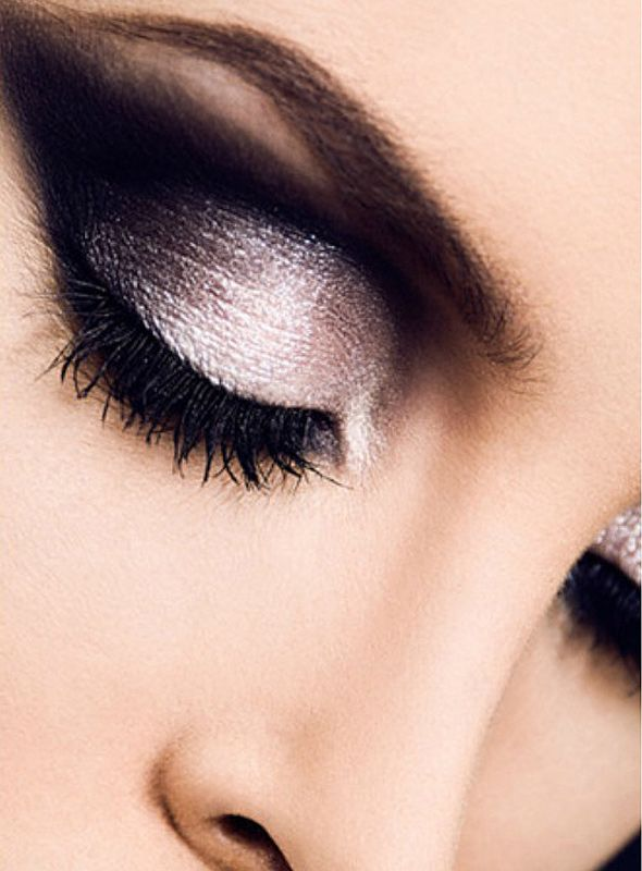 This is one smokey, smokey eye! Yup...you can achieve the smokey eye 'look' with Arbonne, naturally! The good thing is - I can sell Arbonne products to you.