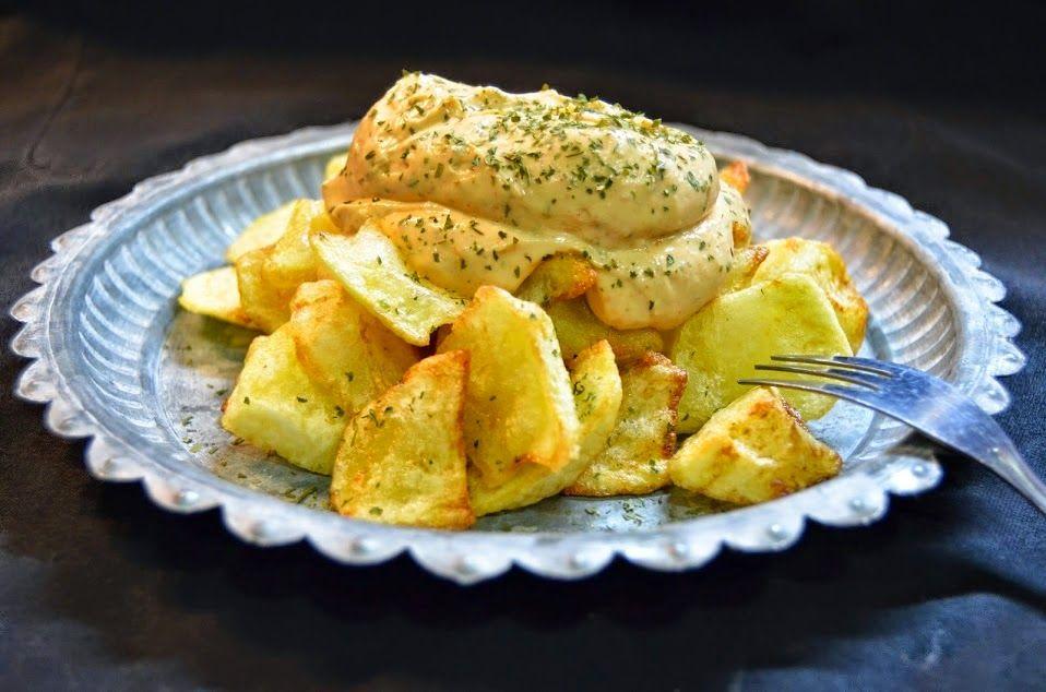 Patatas Bravas al Pimentón