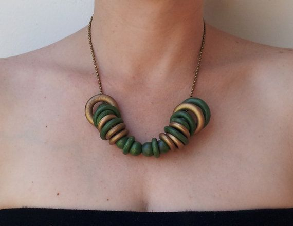 Wood green hoops Vintage necklace 1970s  bronze by GoldDa on Etsy, $15.00