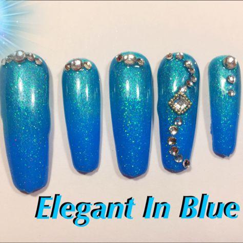 elegant in blue coffin nail art design  diseños de uñas