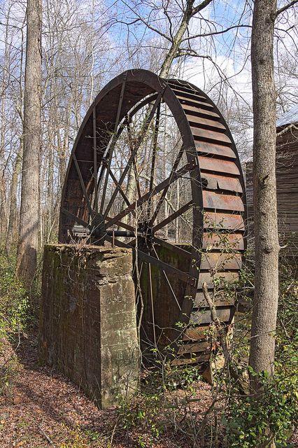 Rusting water wheel, Milford, South Carolina