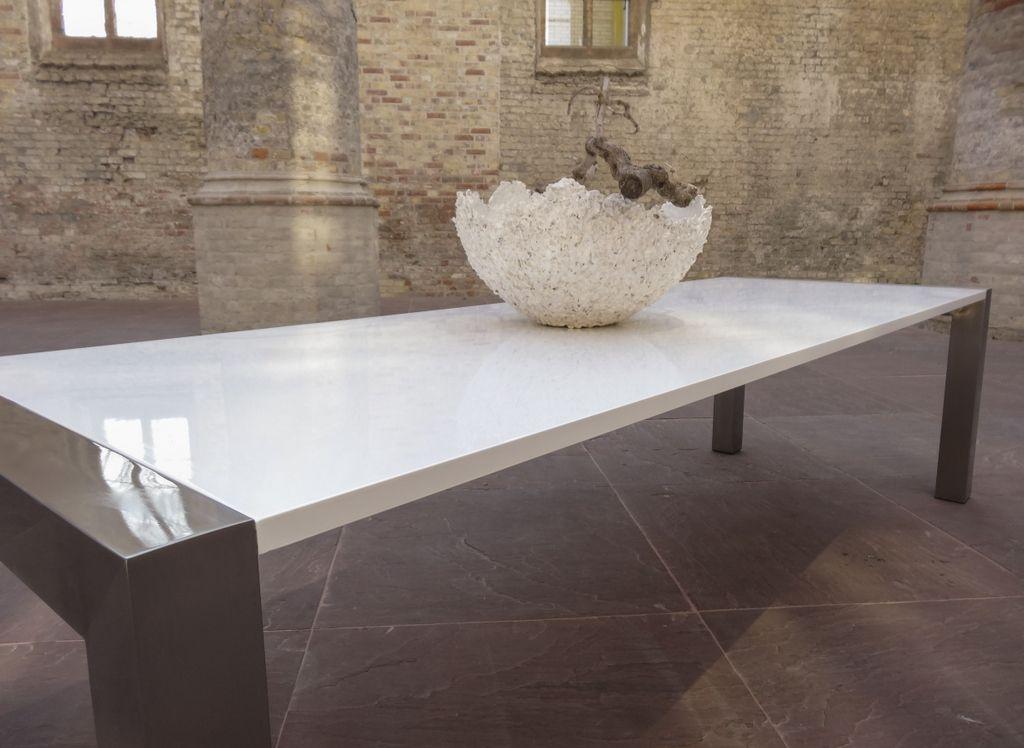 Hoogglans Witte Tafel : Exclusieve hoogglans witte design tafel met rvs leukvoorthuis