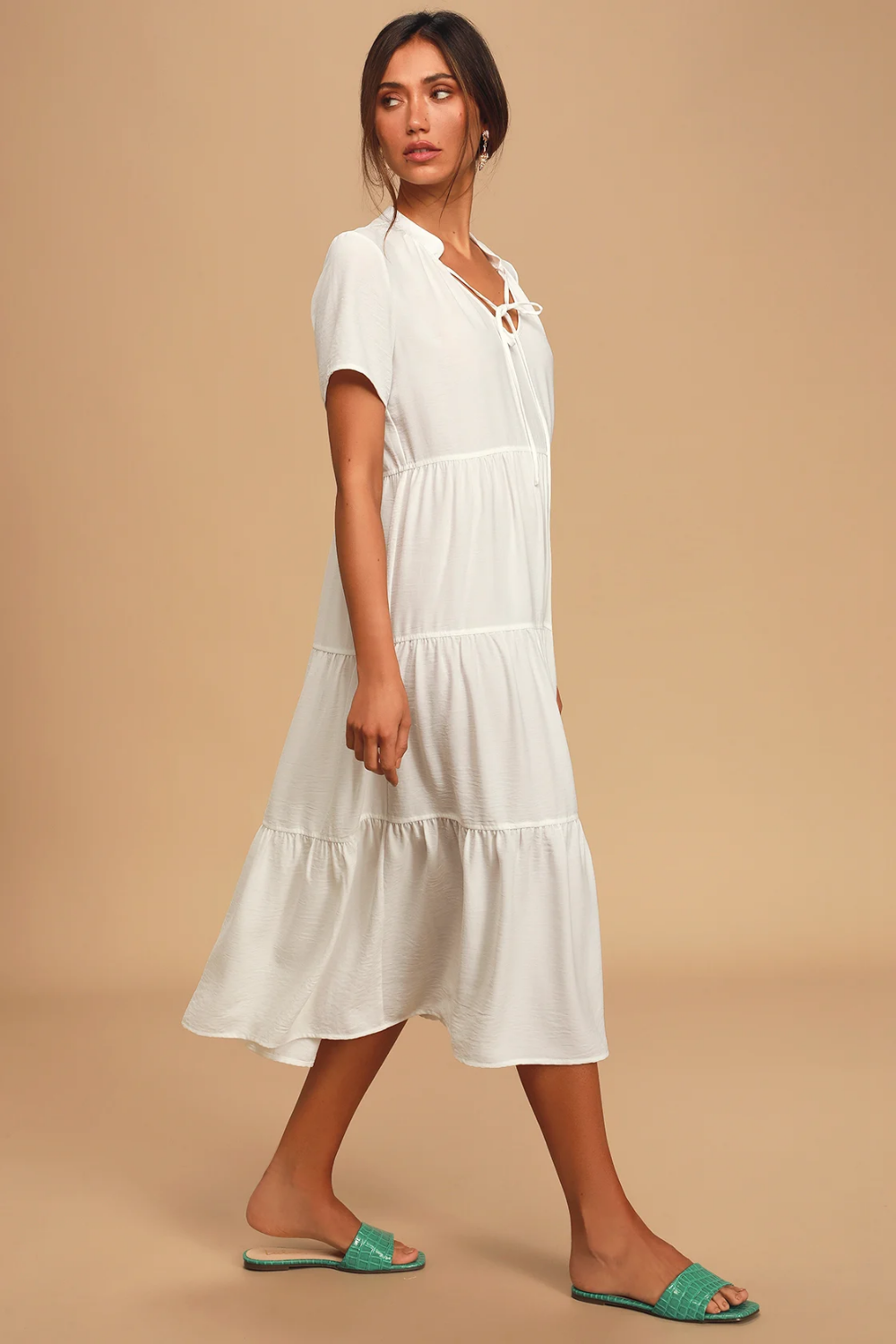 Lovely To Meet You White Short Sleeve Tiered Midi Dress Midi Short Sleeve Dress White Midi Dress Midi Dress [ 1500 x 1000 Pixel ]