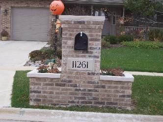 Brick Mailbox Designs Brick Mailbox Builder Contractor In Chicago Brick Mailbox Mailbox Design Stone Mailbox