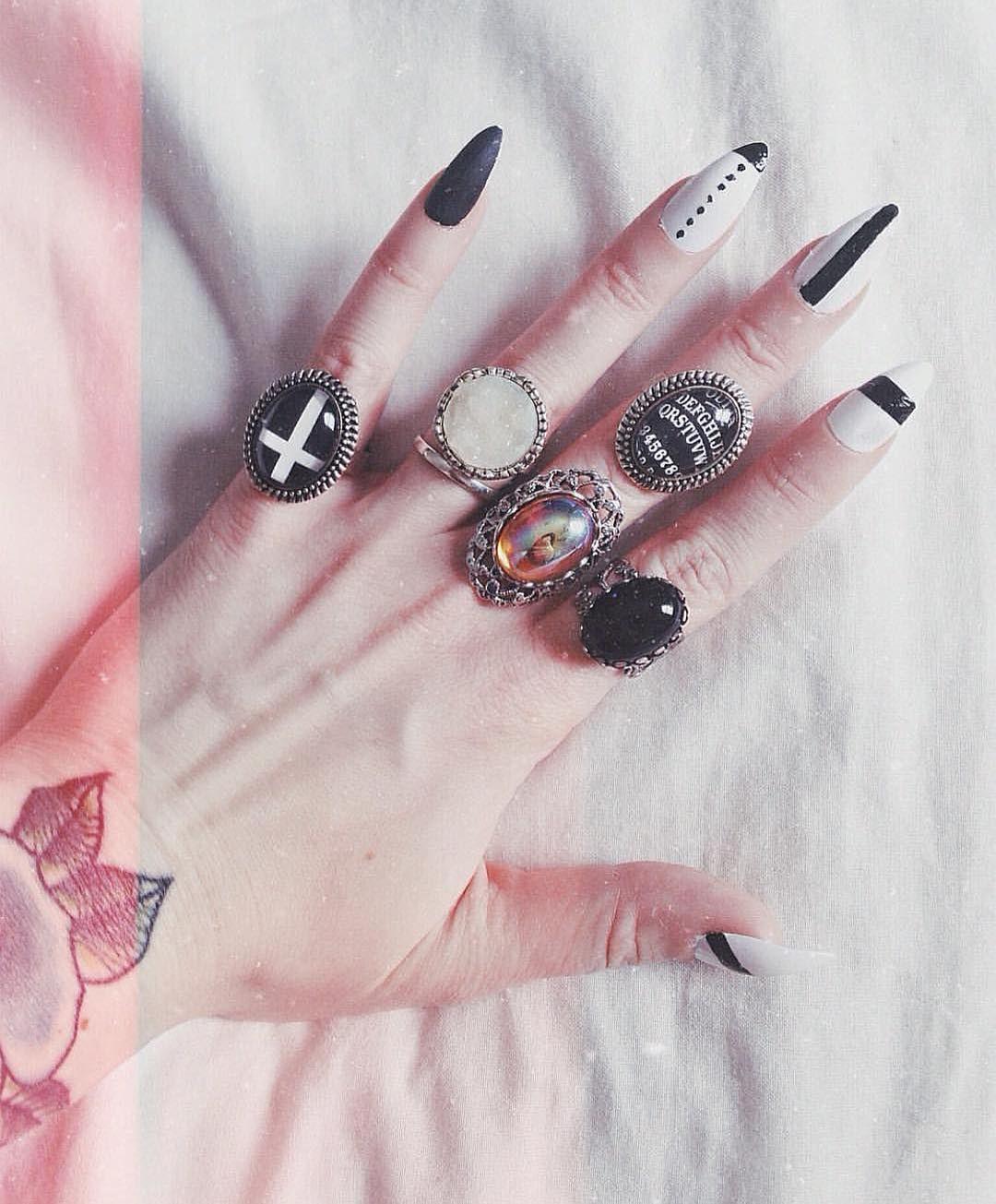 Creepy Cool Nail Art Inspiration Source Instagram #NailArt #Stiletto ...