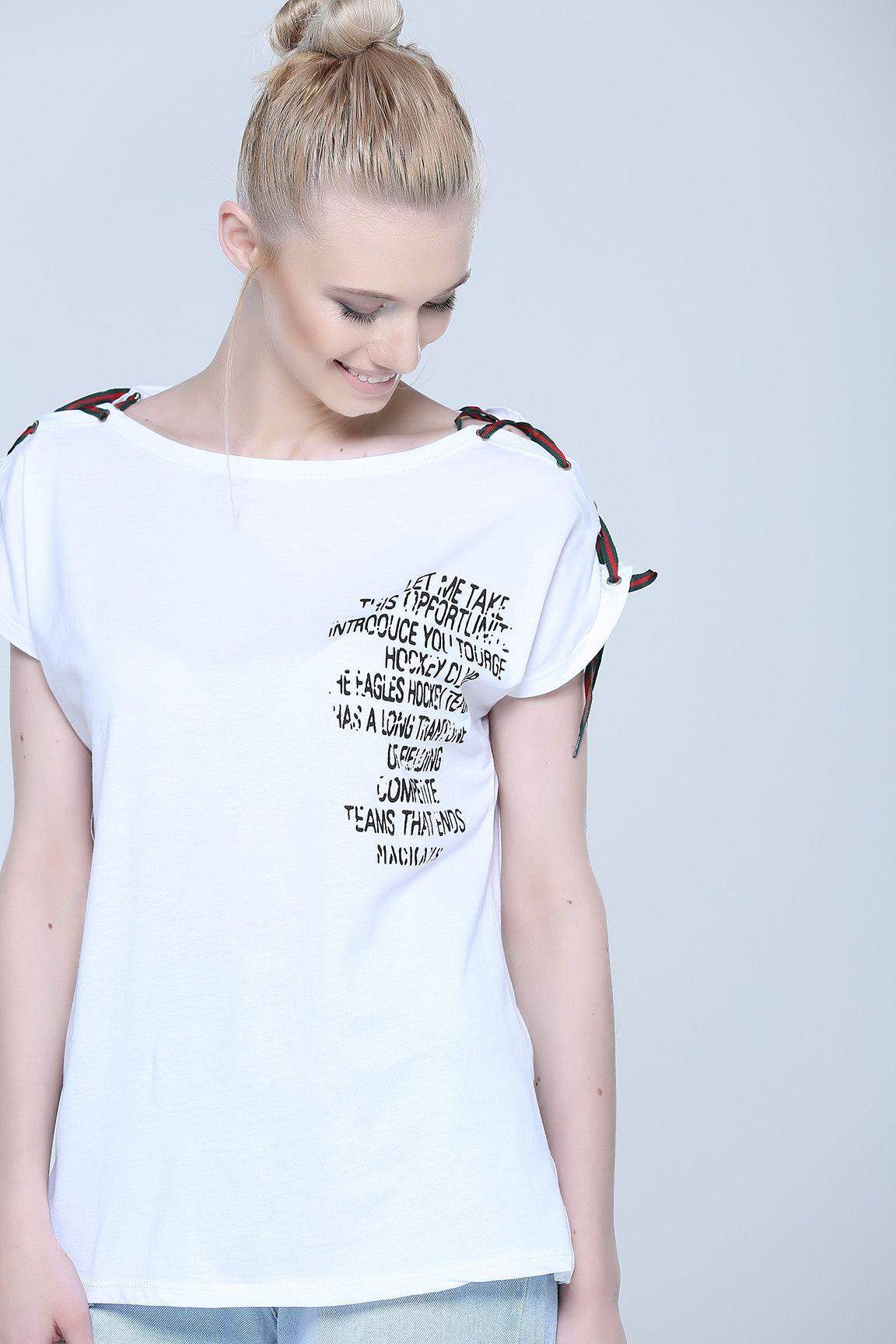 Kadin T Shirt V Yaka Tisort Bisiklet Yaka T Shirt Modelleri Tozlu Com Tisort Kadin Tisort Modelleri