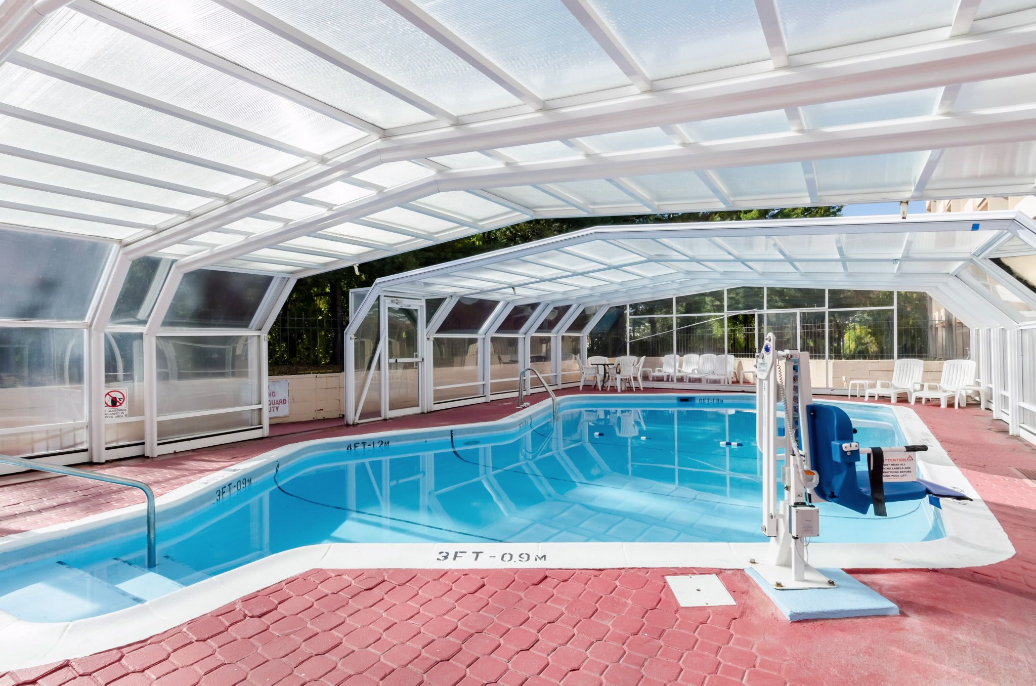 Hotels near Pioneer Valley MA is minutes away from all local historical area attractions. Book Baystate Medical Center Hotels convenient to Six Flags New England