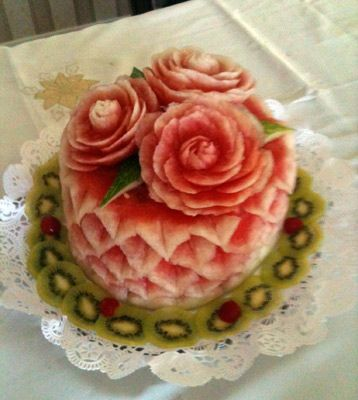This would be another way to go with a watermelon cake.  It's an actual watermelon!