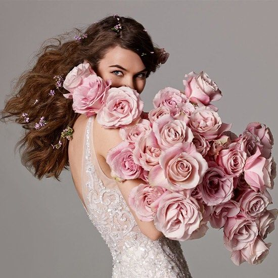 awesome vancouver wedding We are thrilled to announce that we will be hosting a @watterswtoo #trunkshow in store next weekend October 16-18! We are already almost booked up, so make sure to give us a call reserve your appointment spot soon  by @bisou_bridal  #vancouverwedding #vancouverwedding