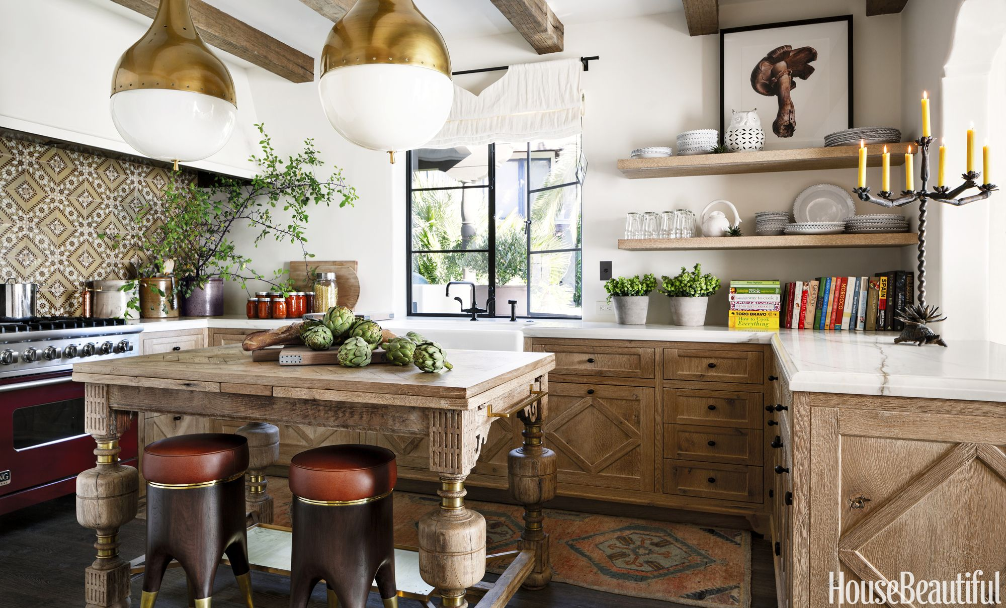 Inside A Spanish Colonial That S Full Of Heart And Soul Spanish Kitchen Modern Spanish Kitchen Spanish Colonial Kitchen