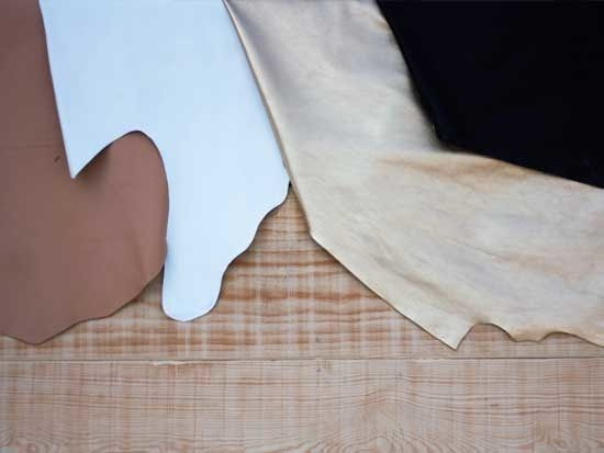 Choose the autentic cowhide #leather #funkycollection #cowhide #lining #leathers #fabrics #designers #fashion #accessories #funkystudio