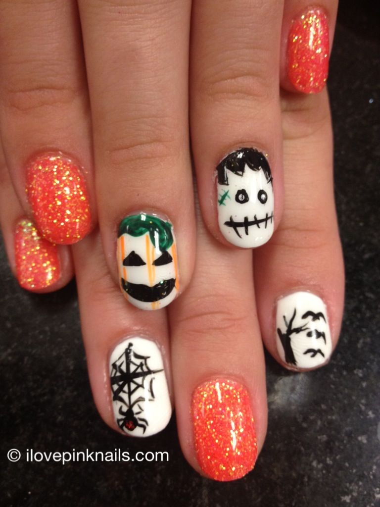 scary halloween nails for halloween!