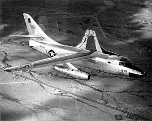 El Douglas B-66 Destroyer fue un bombardero ligero bimotor de ala alta fabricado por la compañía estadounidense Douglas Aircraft Company durante la segunda mitad de los Años 1950 basándose en el bombardero estratégico embarcado Douglas A-3 Skywarrior que operaba en la Armada de los Estados Unidos,1 para reemplazar al Douglas A-26 Invader dentro de la Fuerza Aérea de los Estados Unidos.