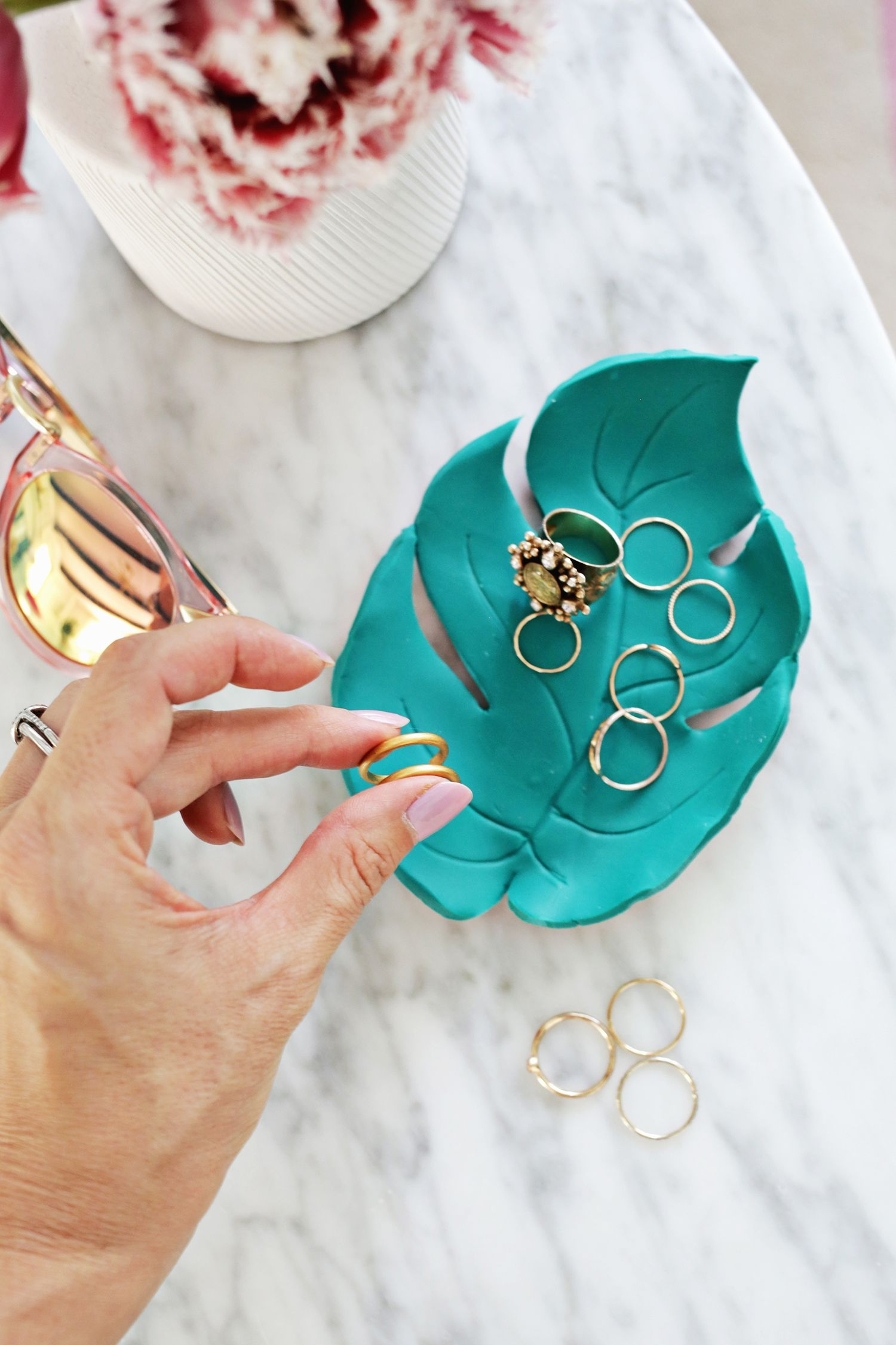 Palm Leaf Ring Dish DIY – A Beautiful Mess