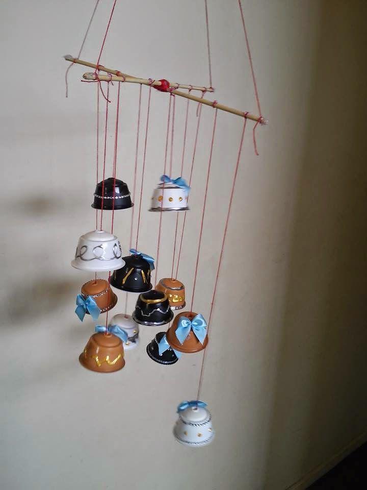 Reciclagem Com Criancas Enfeite De Natal Com Capsulas De Dolce