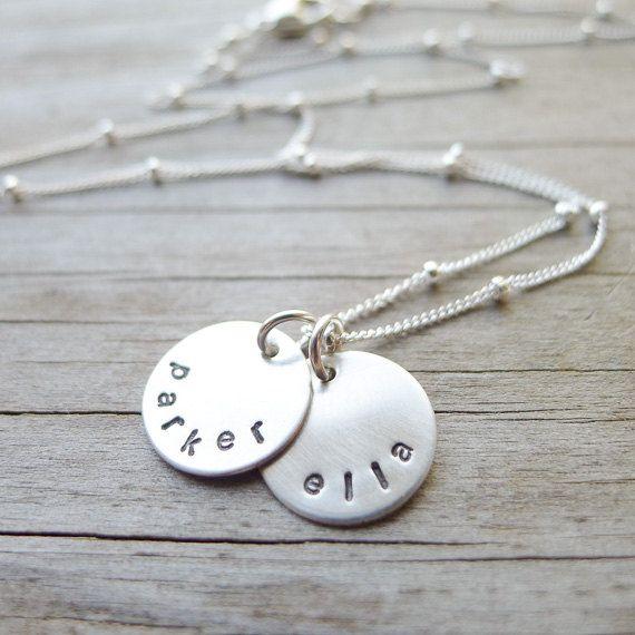 Personalized+Mini+Mom+Necklace++Petite+Sterling+por+CamileeDesigns,+$34.00